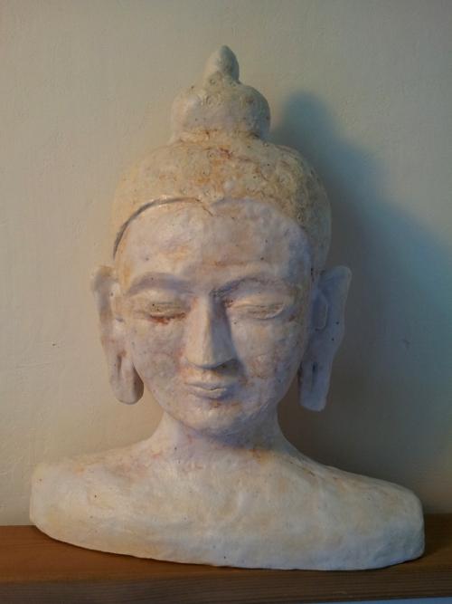 ontplofte boeddha hoofd